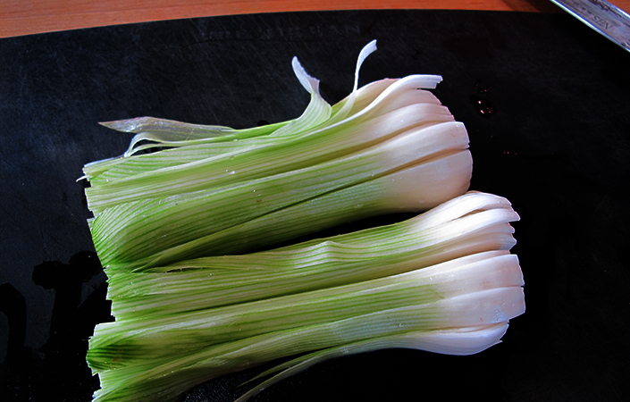 How to Chop and Clean a Leek