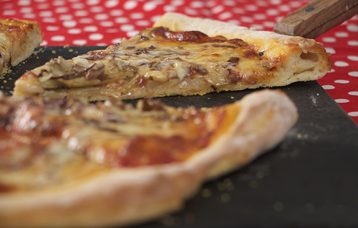 Spicy Radicchio Fennel Pizza