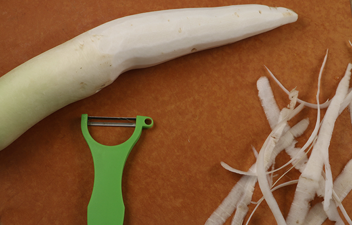 Video – 5 Ways to Chop a Daikon Radish